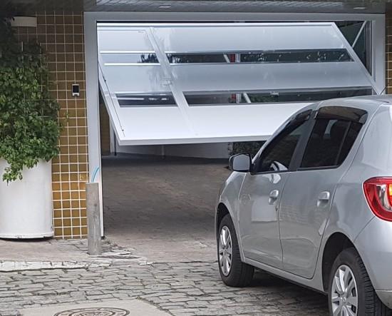 Qual a medida de um portão de garagem?